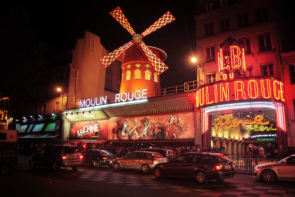 This guide to Paris recommends Moulin Rouge